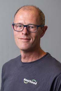 Øyvind Kvernhusengen telefon 92 35 50 96 ok@nesthood.no